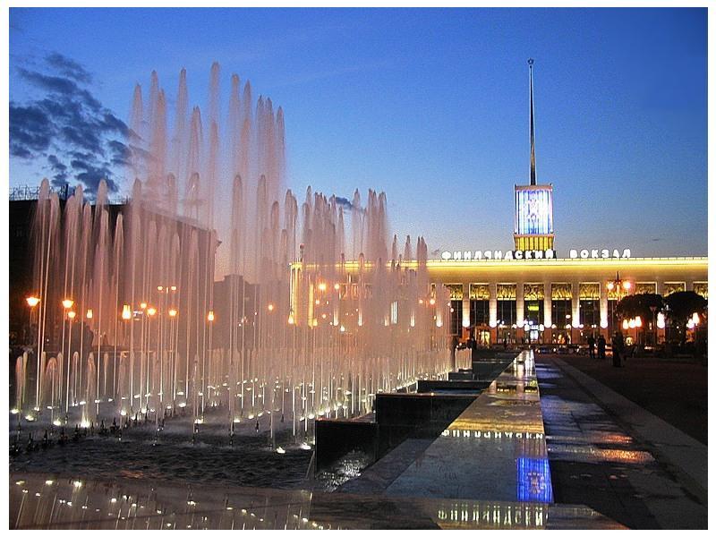 Фото 1. Вызов электрика в Калининском районе возможен в любое время - даже ночью.